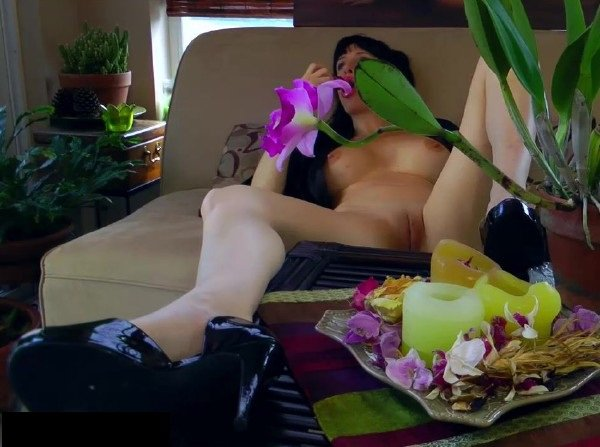 AngieNoir: Angie Noir - Angie Noir In Mom Wants Some Playtime 720p