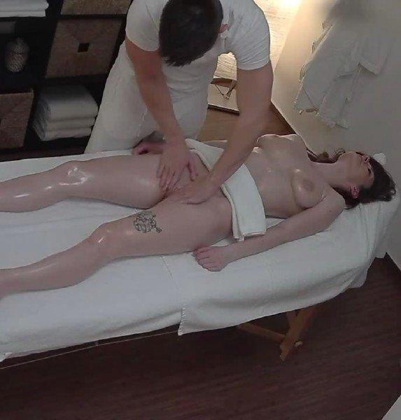 CzechMassage: Wife Cheat With Massaeur - Czech Massage 162 720p