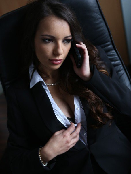 DorcelClub: Manon, Rookie Secretary - First anal scene for Sophia Laure featuring Manon Martin 720p