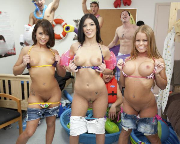 CollegeRules: Students Girls - Indoor Pool Party 720p