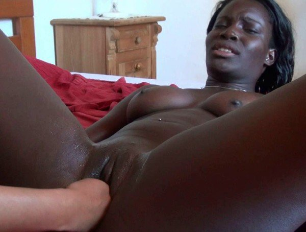 Amateurporn: African Flower - Ebony Girl Fisting 720p