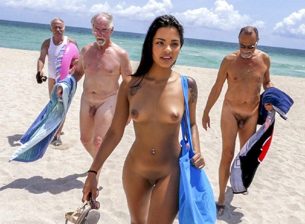 BluePillMen: Nikki Kay - Hot Teen On Nude Beach And Many Nude Old Man