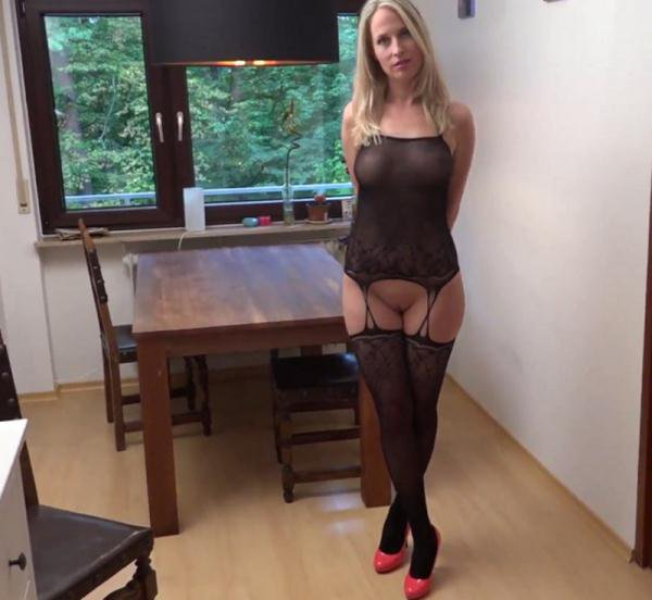Amateurporn: Miss Mia - German Wife Work A Prostitute 1080p