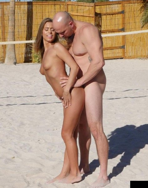 Passion-HD: Jill Kassidy - Nude Girl Find On Beach Nude Man With Big Dick 720p