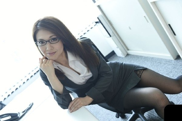 Asiancandyshop: Mao Saito - Sex With a Japanese Secretary In The Office 360p