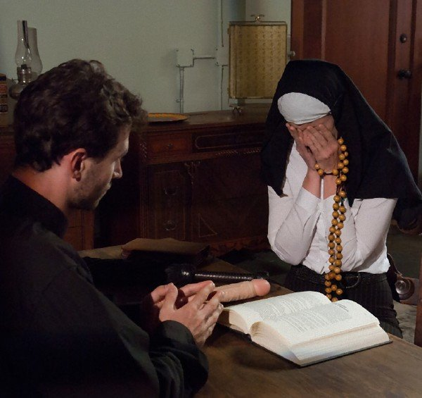 Kink: Kiki Vidis And Evi Fox - Priest Submission A Two Nun 540p