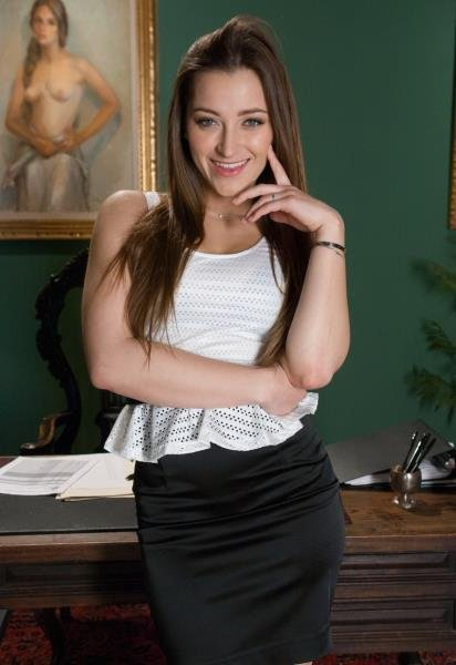 Kink: Dani Daniels - Hard Fuck With Hot Secretary Girl 720p