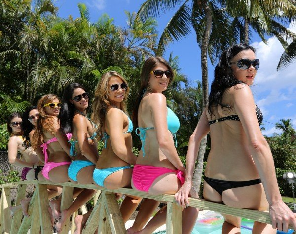 CrazyCollege: American Students - Fucking College Chicks At The Pool Party 720p