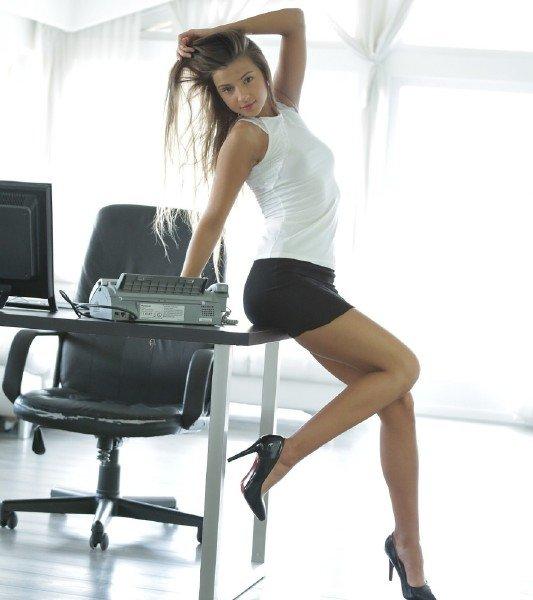 Playboy: Melana - Secretary Solo 1080p