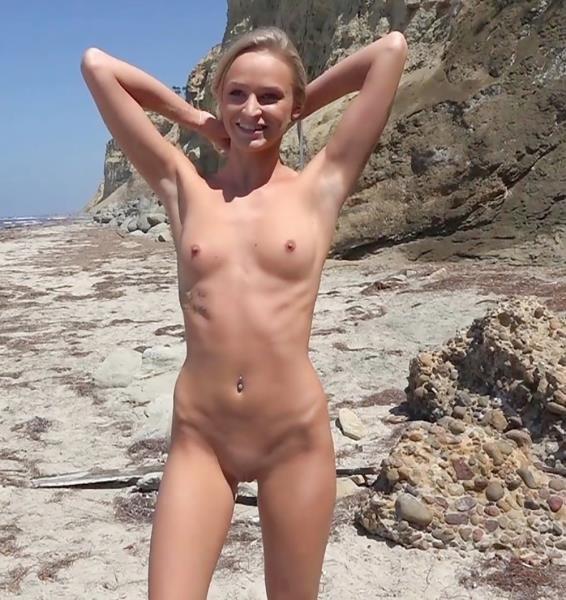 PickupGirls: Emma Hix - Pickup Nude Teen On The Beach 486p