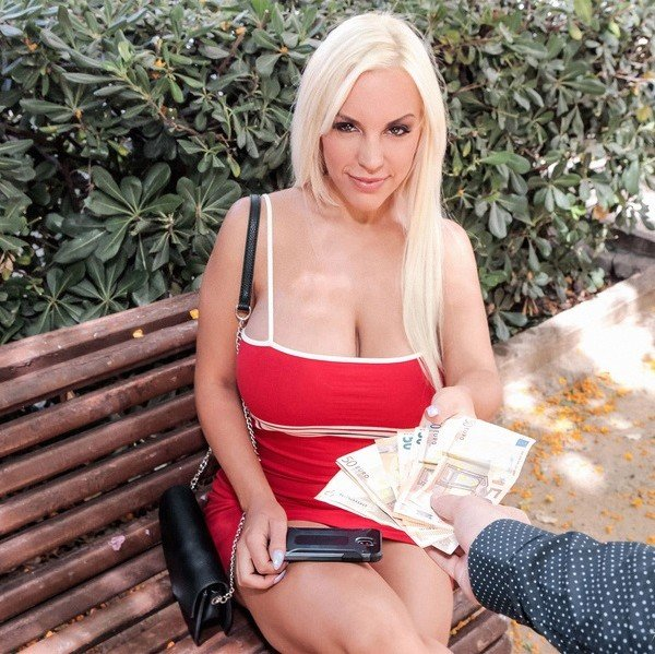 Pure Mature: Blondie Fesser - Young Boy Fuck Milf For Money 432p